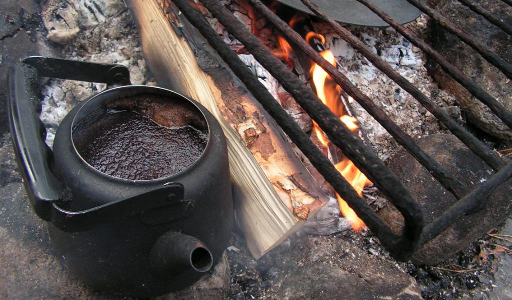 Mikäs sen parempaa retkillä olisi, kuin hyvin keitetyt nokipannukahvit?